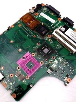 Repuestos Reparación Computadoras Portátil Toshiba 396